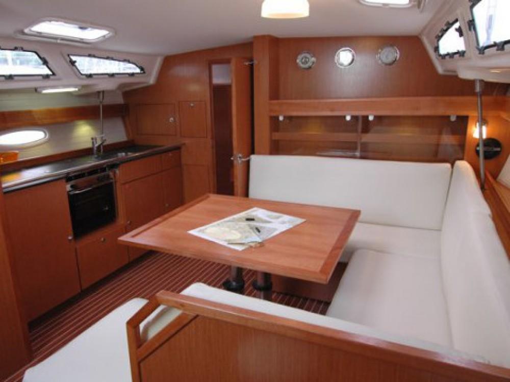Bavaria Bavaria 43 C tra personale e professionale Marina di Portisco