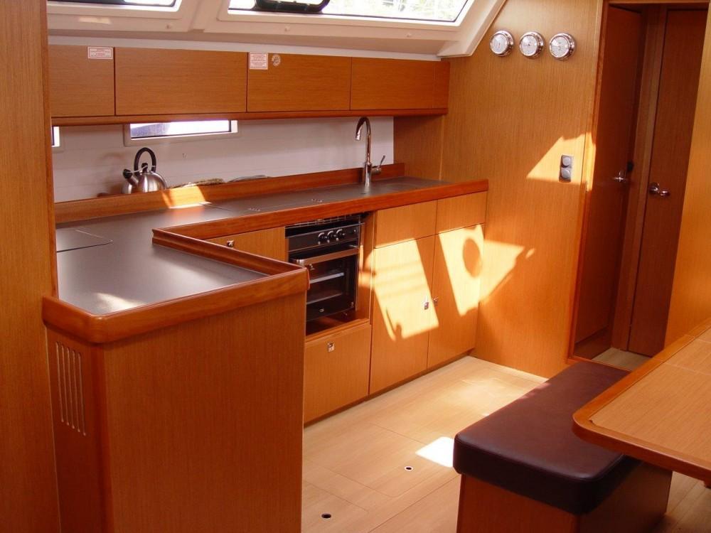 Noleggiare un'Bavaria Bavaria Cruiser 46 Olbia