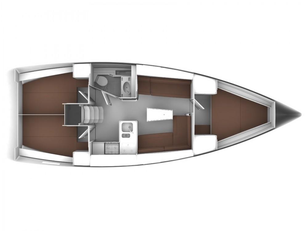 Noleggiare un'Bavaria Bavaria Cruiser 37 Marina di Portisco