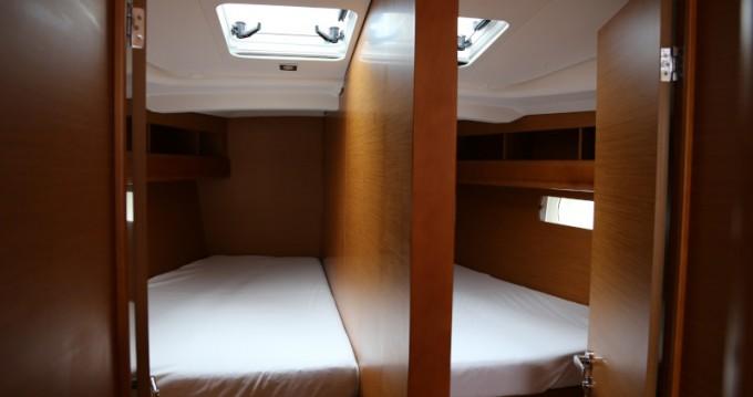 Noleggio yacht a Kaštel Gomilica – Jeanneau Sun Odyssey 479 su SamBoat