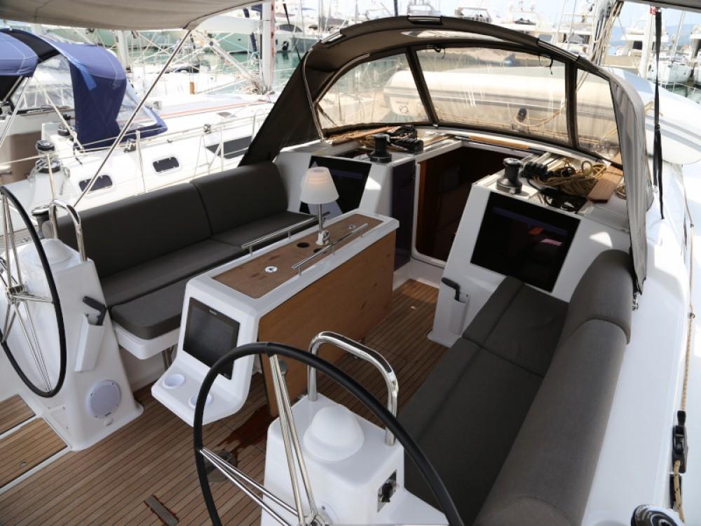 Noleggio Barca a vela con o senza skipper Dufour Castel Abadessa