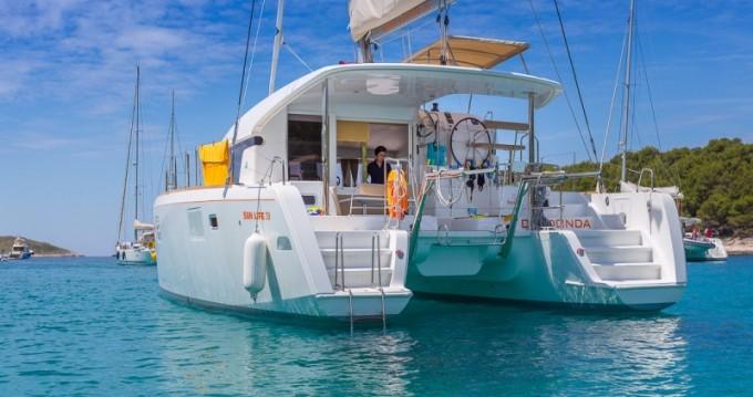 Catamarano a noleggio a Split al miglior prezzo