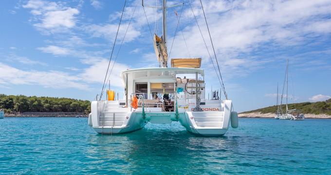 Noleggio Catamarano con o senza skipper Lagoon a Split