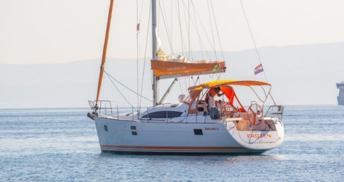 Noleggio Barca a vela con o senza skipper Elan a Split