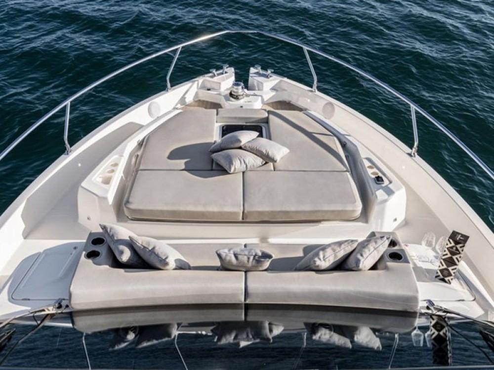 Noleggio yacht Spalato - Cranchi Cranchi E 52 F Evoluzione su SamBoat