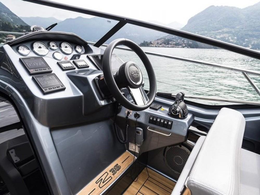 Noleggio barche Podstrana economico Cranchi Z35