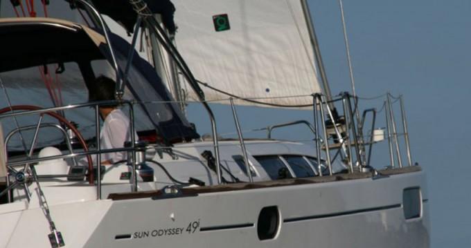 Noleggio Barca a vela a Marina di Portisco – Jeanneau Sun Odyssey 49i