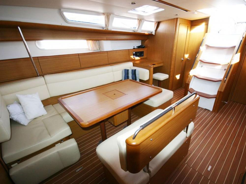 Noleggio yacht Marina di Portisco - Jeanneau Sun Odyssey 49i su SamBoat