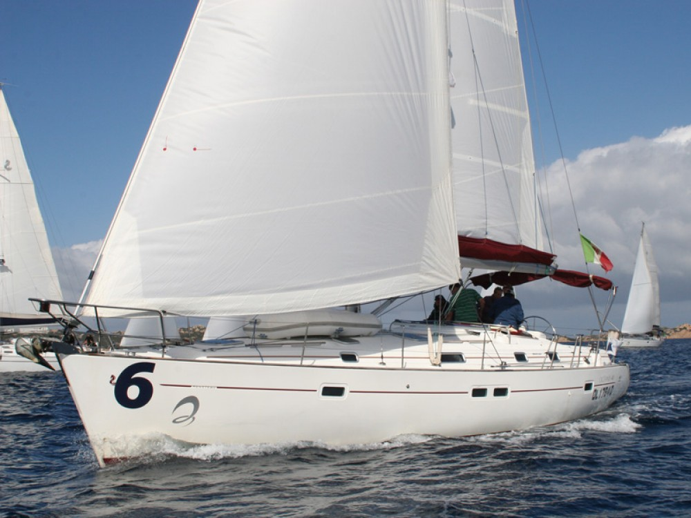 Bénéteau Oceanis 411-4* tra personale e professionale Marina di Portisco