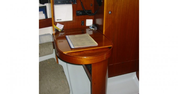 Noleggio Barca a vela con o senza skipper Bénéteau a Sukošan