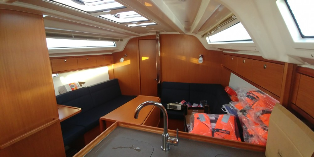 Noleggio yacht Općina Sukošan - Bavaria Bavaria Cruiser 37 su SamBoat