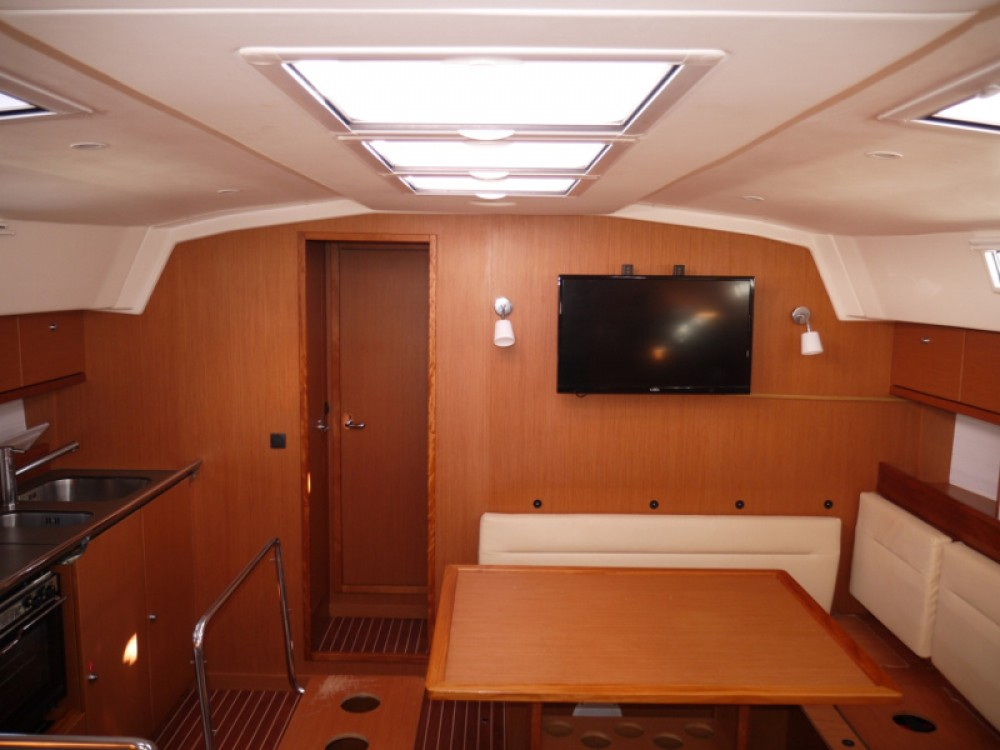 Noleggio barche Porto di Alimos economico Bavaria 45 Cruiser