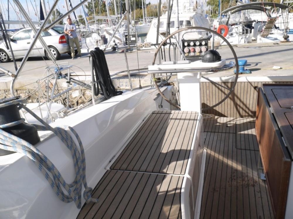 Noleggio barche Bavaria Bavaria 45 Cruiser Porto di Alimos su Samboat