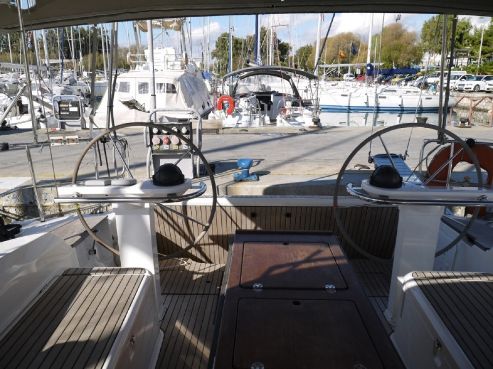 Noleggio Barca a vela con o senza skipper Bavaria Porto di Alimos
