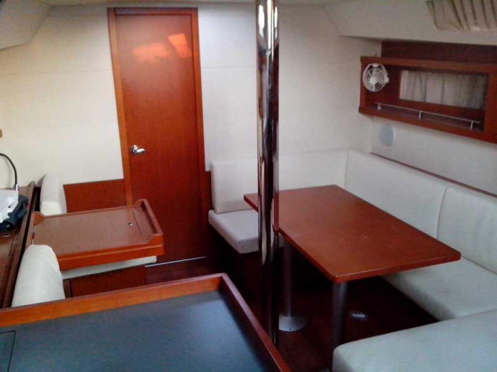 Noleggio yacht Porto di Alimos - Bénéteau Oceanis 41 su SamBoat