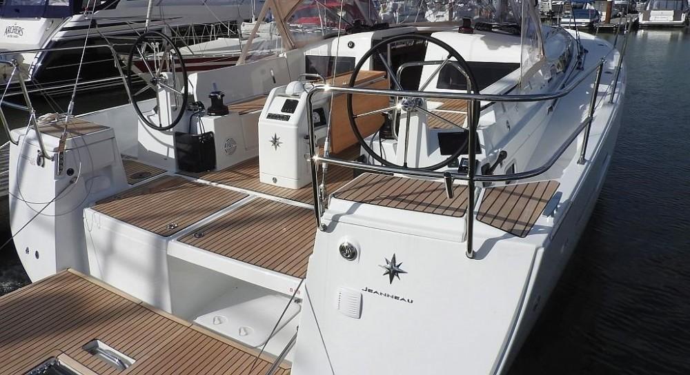 Noleggio yacht  - Jeanneau Sun Odyssey 440 su SamBoat