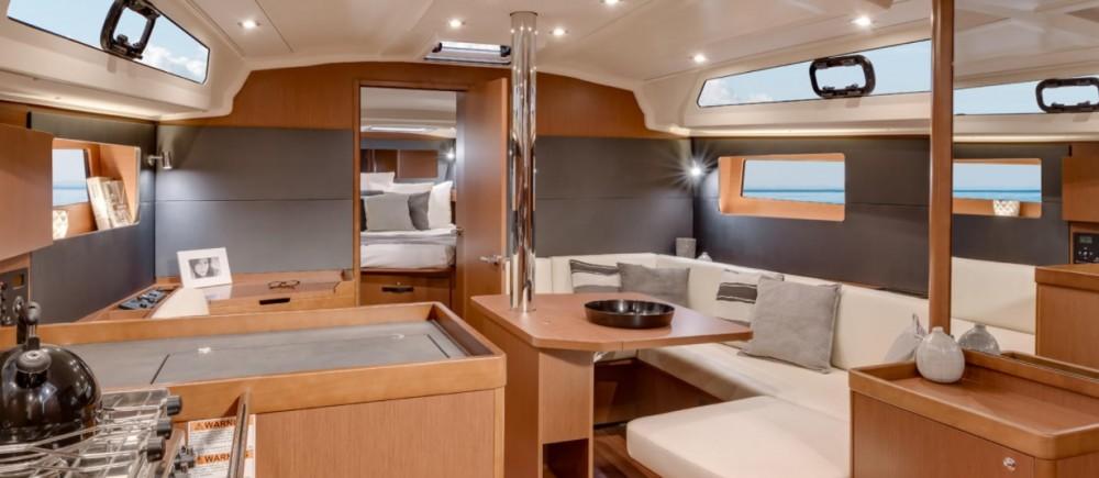 Noleggio yacht Leucade - Bénéteau Oceanis 41.1 su SamBoat
