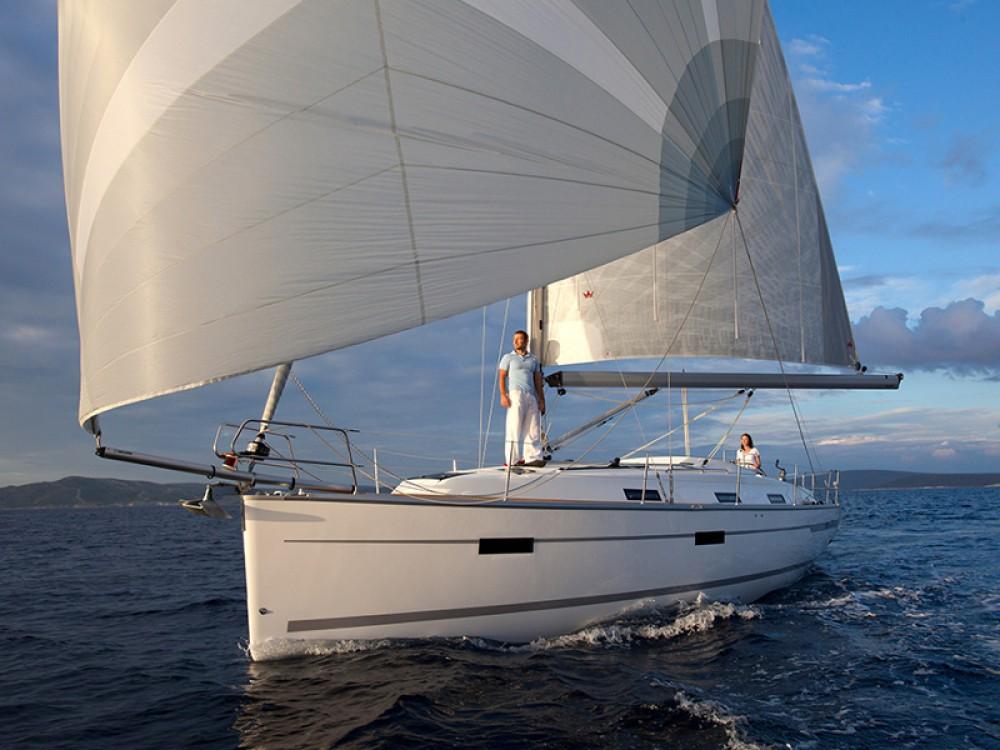 Bavaria Bavaria Cruiser 36  tra personale e professionale Palma