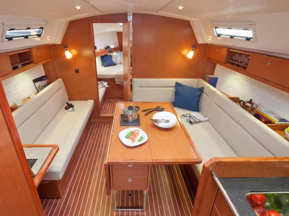 Noleggio barche Palma economico Bavaria Cruiser 36