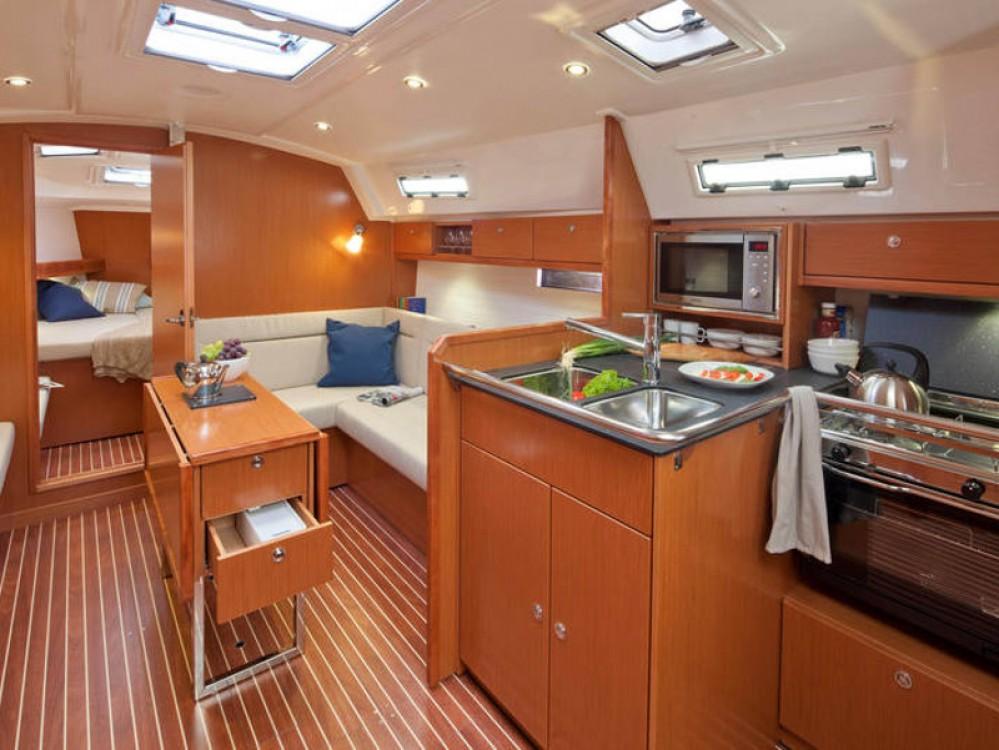Noleggiare un'Bavaria Bavaria Cruiser 36  Palma