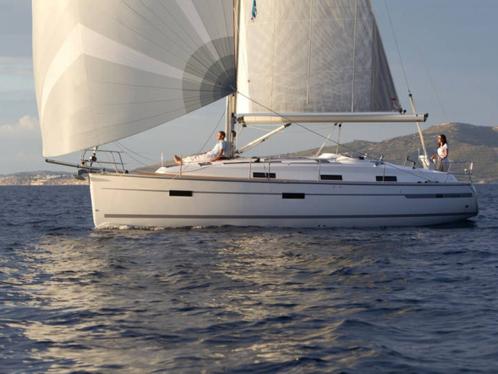 Noleggio yacht  - Bavaria Bavaria Cruiser 36  su SamBoat