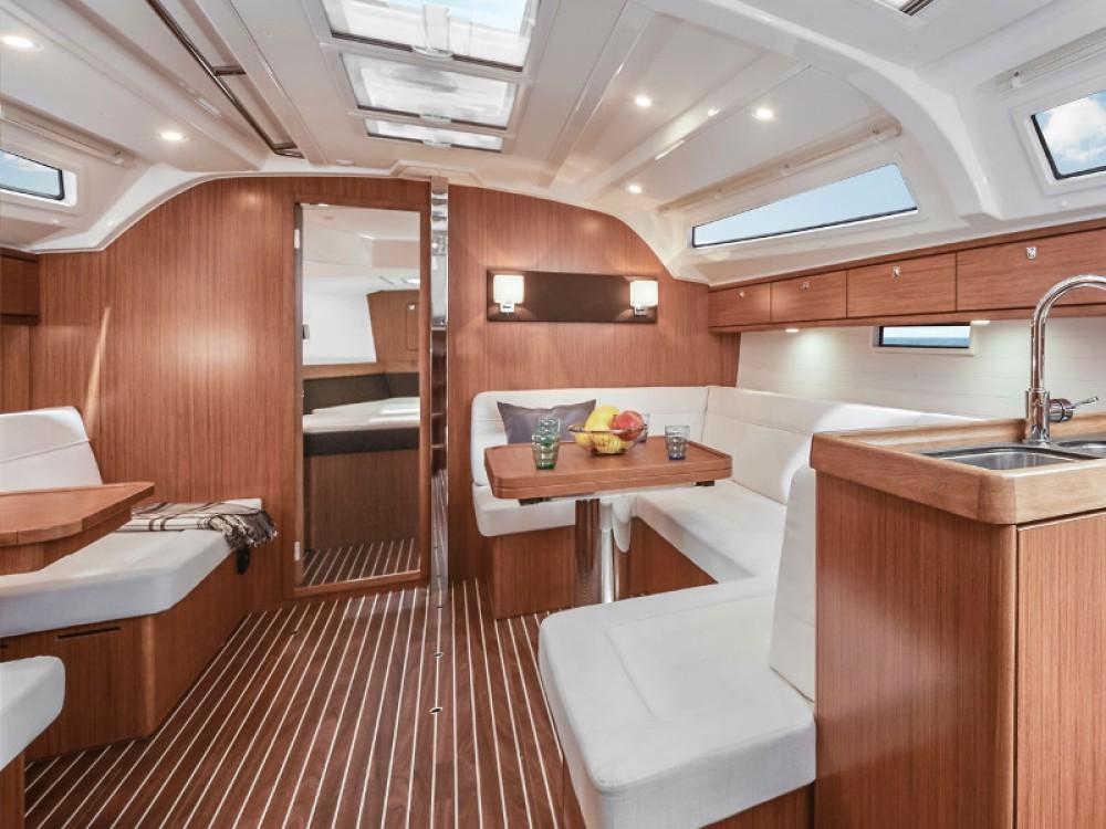 Bavaria Bavaria Cruiser 41 tra personale e professionale