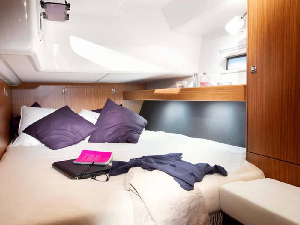 Noleggio barche Bavaria Bavaria Cruiser 46  su Samboat