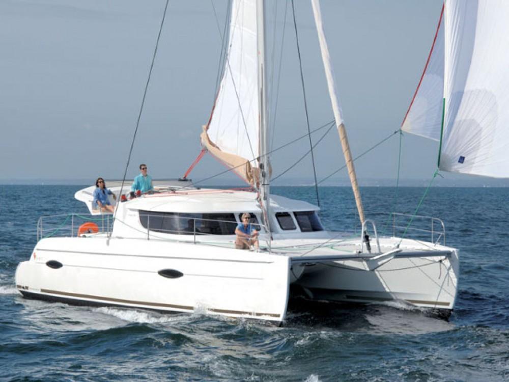 Noleggio Catamarano con o senza skipper Fountaine Pajot Le Marin