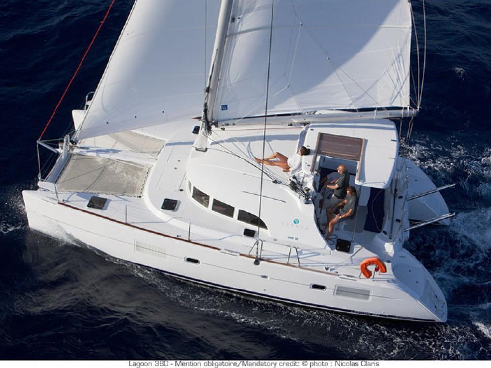 Noleggio barche Le Marin economico Lagoon 380
