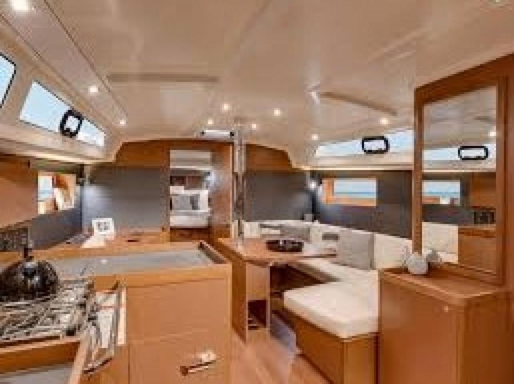 Noleggio barche Le Marin economico Oceanis 41.1