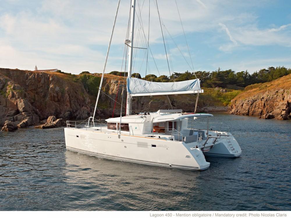 Noleggio barche Le Marin economico Lagoon 450 Sportop