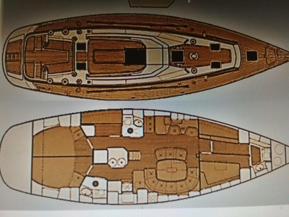 Barca a vela a noleggio Akhíllio al miglior prezzo