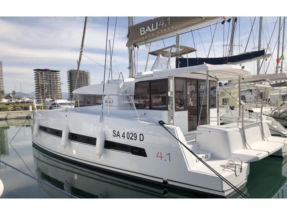 Noleggio Catamarano con o senza skipper Bali Salerno