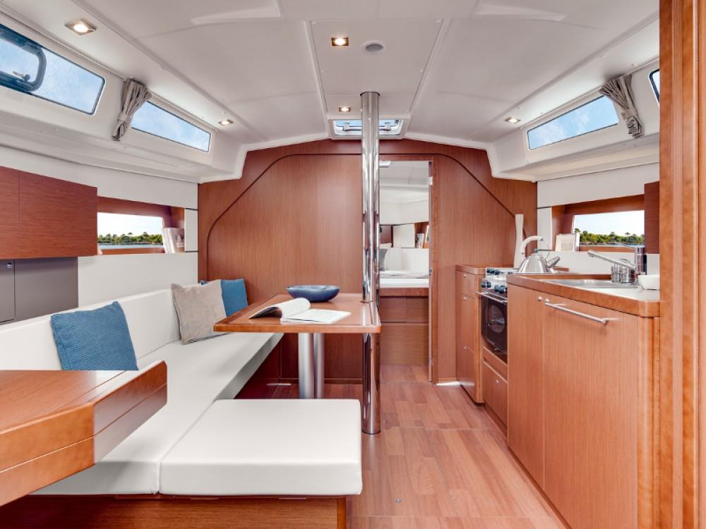 noleggio Barca a vela Sebenico - Bénéteau Oceanis 38