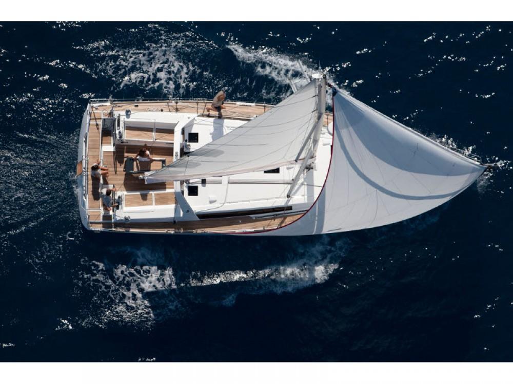 Noleggio barche Bénéteau Oceanis 45 Sebenico su Samboat