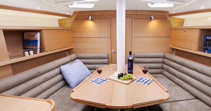 Noleggio Barca a vela Delphia con patente nautica