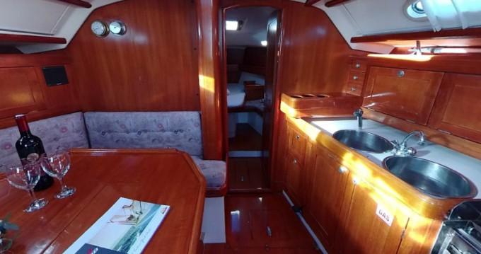 Noleggio barche Elan Elan 38 a Betina su Samboat