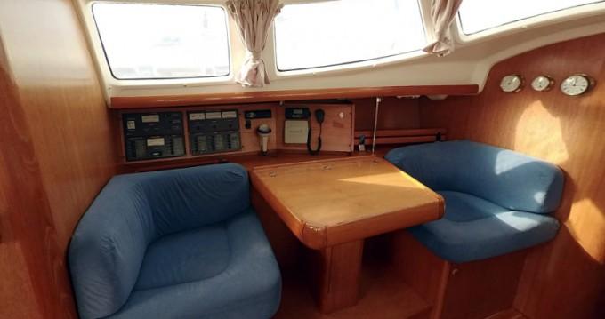 Noleggio yacht a Betina – Jeanneau Sun Odyssey 43DS su SamBoat
