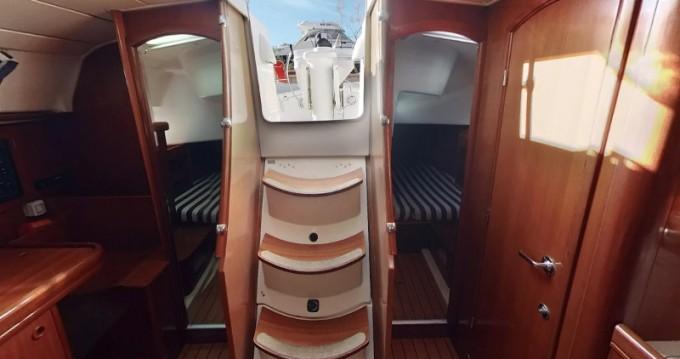 Noleggio Barca a vela a Betina – Bénéteau Oceanis 411