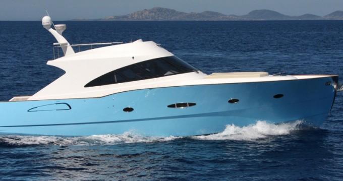 Barca a motore a noleggio a Porto Rotondo al miglior prezzo