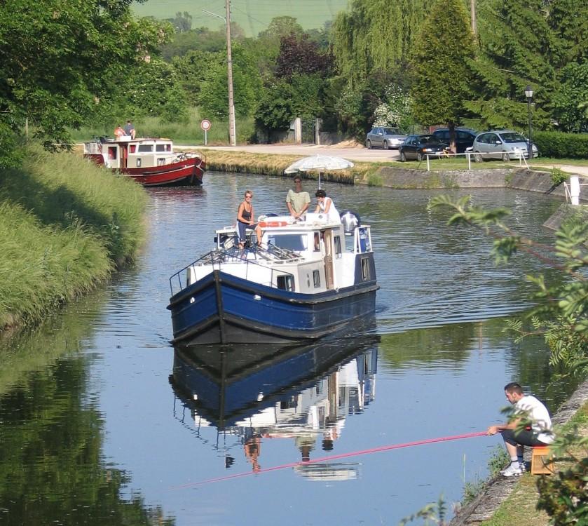 Noleggio Barca a motore con o senza skipper  Vermenton