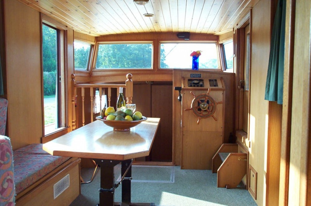 Noleggio barche Viking Burgundy 1200 Saint-Cyr-les-Colons su Samboat