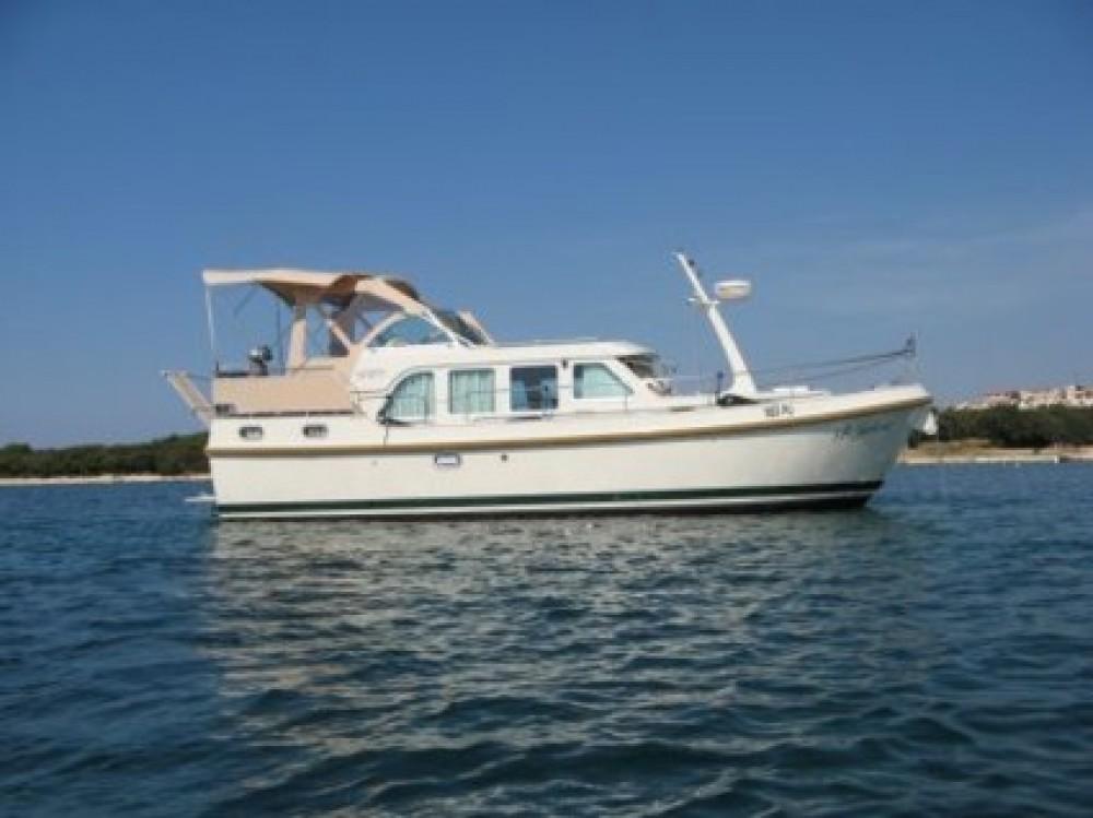 Noleggio Barca a motore Linssen con una patente