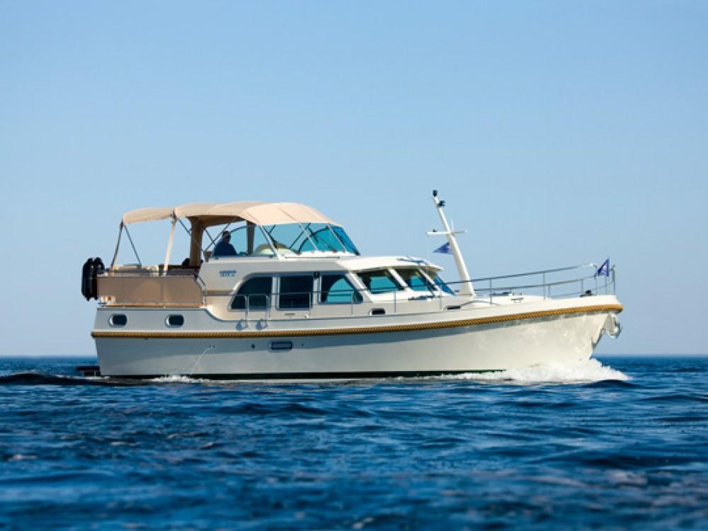 Barca a motore a noleggio Auxerre al miglior prezzo