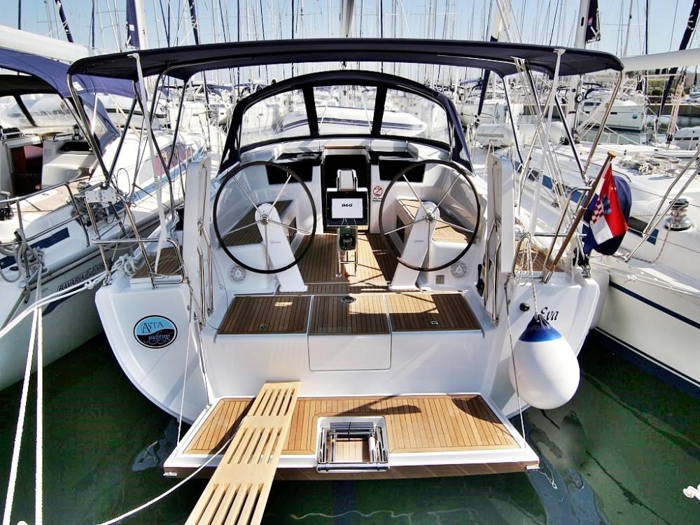 Barca a vela a noleggio Sukošan al miglior prezzo