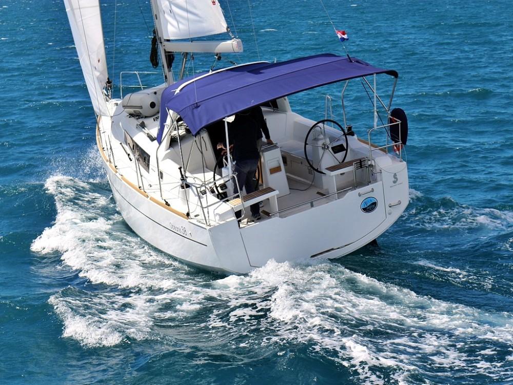 Noleggio Barca a vela con o senza skipper Bénéteau Sukošan