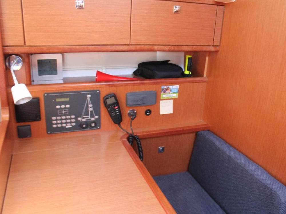 Bavaria Bavaria Cruiser 41 tra personale e professionale Capocesto