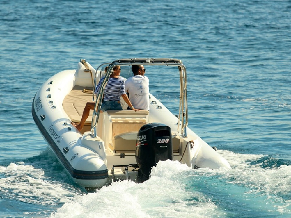 noleggio Barca a motore Marina Zadar - Cantiere TEMPEST 650 + Suzuki 200