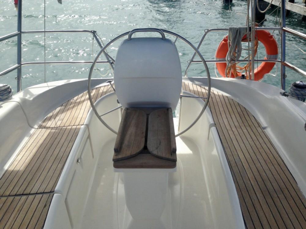 Noleggio yacht  - Bavaria Bavaria 33 su SamBoat