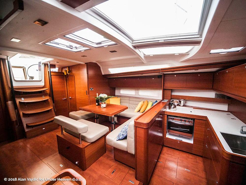 Noleggio yacht Capocesto - Dufour Dufour 560 Grand Large su SamBoat